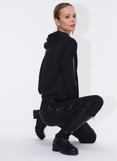 Tuba Ergin Deri Şerit Detaylı Pantolon Siyah